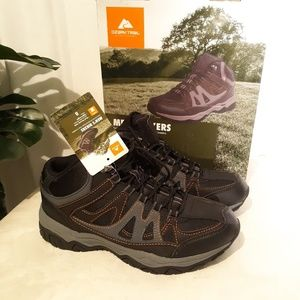 Ozark Trail Shoes - NWT NIB Ozark Trail Men's Hiker Boots